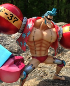 New World Franky Wearing Sunglasses Figuarts Zero One Piece Bandai Figure