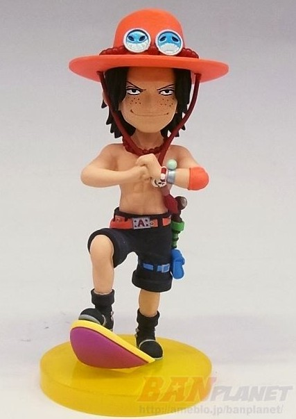 One Piece World Collectable Figure History of Ace Portgas D. Ace Figure Making Fist