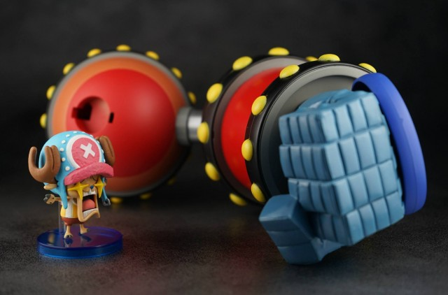 One Piece World Collectable Figure GIGA Franky Shogun Arm Size Comparison