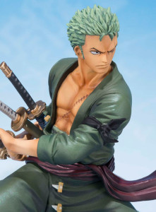 Bandai Figuarts Zero 5th Anniversary Zoro Figure Close-Up