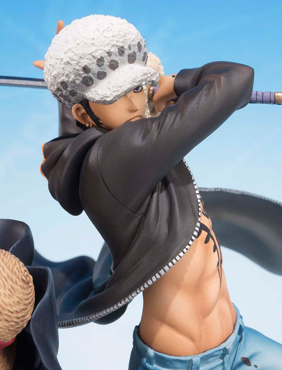 Bandai Trafalgar Law 5th Anniversary Figuarts Zero Close-Up